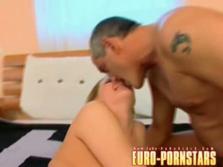 Liz Honey Munch And Rides Her Cookie On A Long Hard Wang