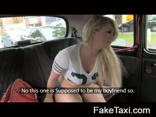 Fake taxi 凸輪 人 having drx om fake taxi