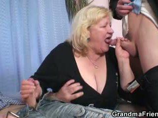 Double spaß für riesig großmutter