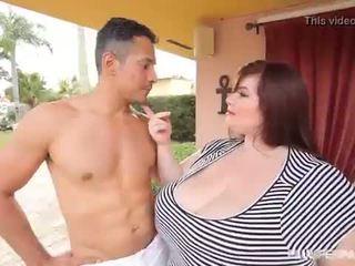 Groot mees bbw lexxxi luxe fucks de latino gardner