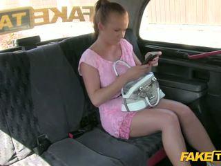 ブロンド アマチュア gets screwed インサイド taxi