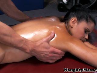 Massaggio pupa diamond kitty assfucked, hd porno 3d