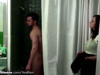 kyssar, kvinnliga vänliga, dusch
