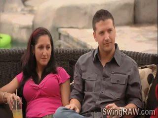 Eccentrico giochi aiuto queste swingers couples a sapere ogni altro