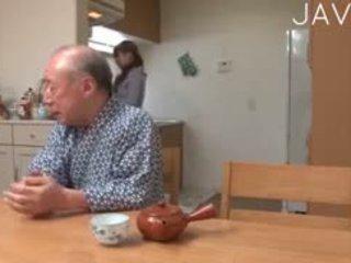 japonijos, senas + young, paauglys