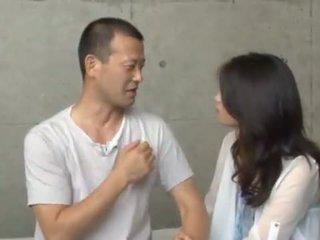 Maki hokujo has fondled और bumped द्वारा 3 salacious men
