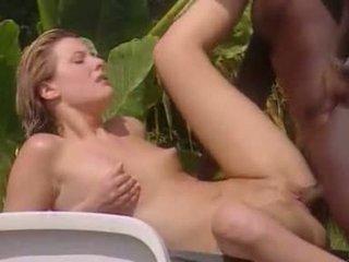 Beli žena meets črno lover v jamajka