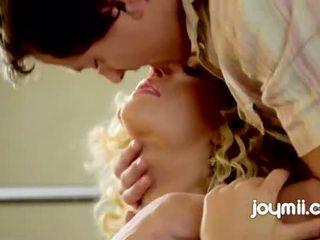 Joymii sunny g хардкор нов млад еротичен филм