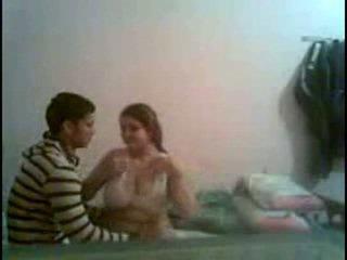 Desi malaki puwit at malaki breast dalagita