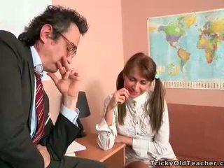 Hottie gets spunk fountain in her ass from teacher