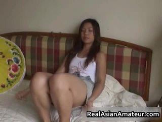 Kívánós ázsiai szex játék baszás színhely