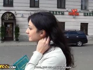 Blond i anal offentlig faen video