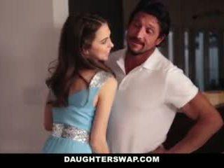 Daughterswap- 父親 swap と ファック ティーン daughters 上の prom 夜