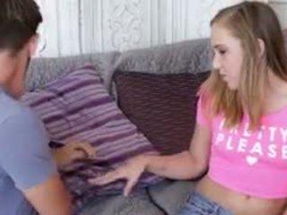 Charli slurping auf sie boyfriends schwanz