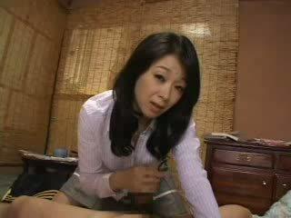 Ibu tiri menangkap saya menyentak di dia celana dalam perempuan video