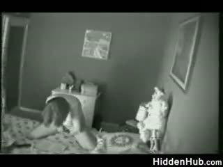 Mor fanget onanering av en skjult camera