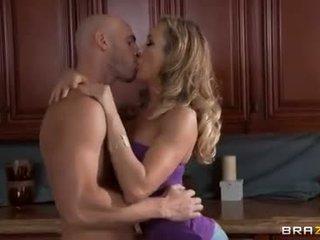 suuseksi, emättimen seksiä, valkoihoinen