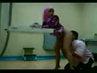 Arab Hijab Fucked At Her Gynecologist Video