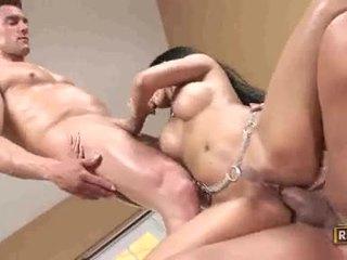Priva goes naida villi getting dp pounded kanssa powerful jocks