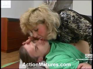 Rosemary 과 marcus 꼬인 노인들 mov