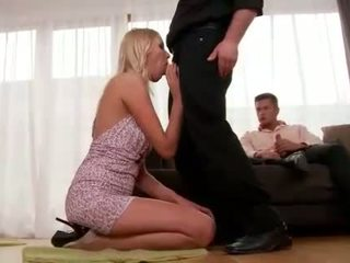 Teena lipoldino gets anál fucked podľa two guys