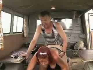 Vechi homeless marinar penis drilling sexy roscata fata