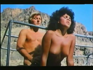 Desert lovers: gratis hardcore porno video 6c