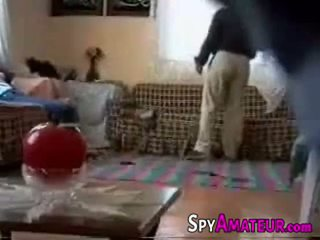 Arabic κορίτσι πατήσαμε σκληρά με γείτονας