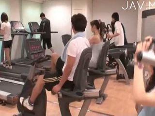 briunetė, realybė, japonijos