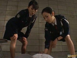 Японська av модель в the void urine дію
