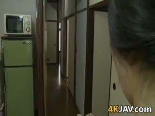 Ļoti uzbudinātas japānieši sieva