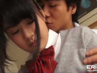 Supercute japonské školáčka itsuka fucked a creampied