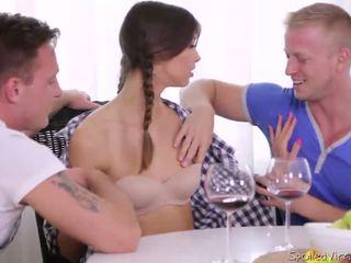 Virgin marisa looses virginity mit two guys