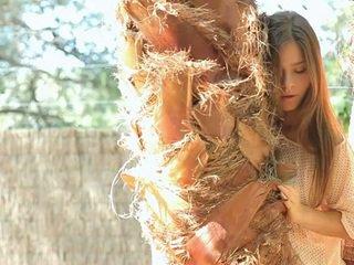 אקזוטי beauty guerlain shows את שלה assets