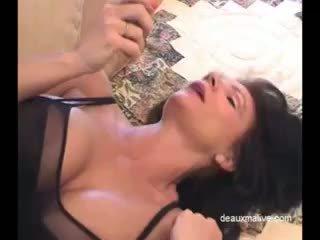 Deauxma 섹시한 masturbation