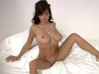 Tess taylor playboy strip nua a posar - vídeo sexo arquivo