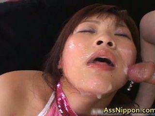 Haruka andou asiática adolescente zorra gives