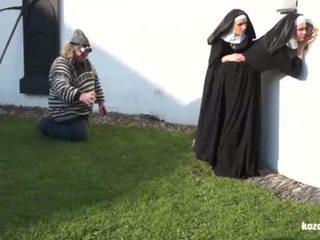 Catholic nuns ו - the מפלצת! משוגע מפלצת ו - vaginas!