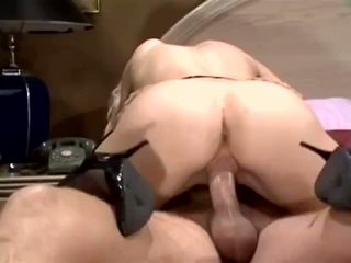 Hot Babe With Young Boy Free Porn