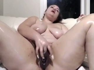 Bella gets Oiled up and Fucks Her Pussy, - MySexArchive.com