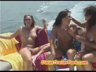 varkë, yacht, lezbike