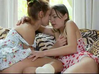 Adolescenta Lesbiana