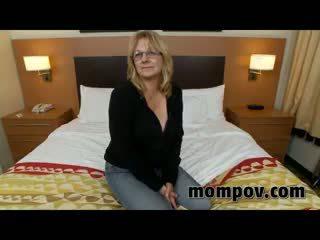 Sexy Mature Milf Fucking In Hotel