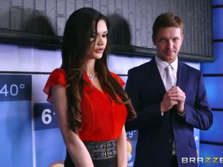 Brazzers - kendall karson fucks the weather mees