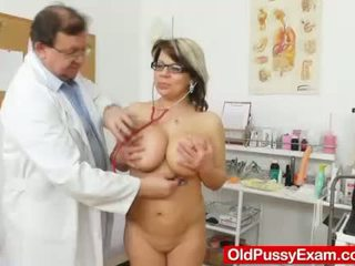 Huge natural melon size titties at obg...