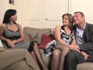 Γαλλικό μητέρα που θα ήθελα να γαμήσω swingers κουαρτέτο