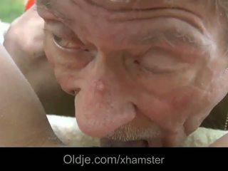 Scrawny vanha mies does anaali 21 seksikäs longhaired blondi