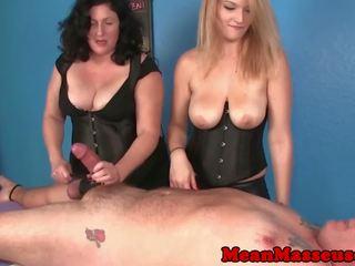 Cbt masseuses amber και elaine dominating: ελεύθερα hd πορνό 69