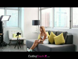 Casting zitbank x: marina engel fucks op casting zitbank