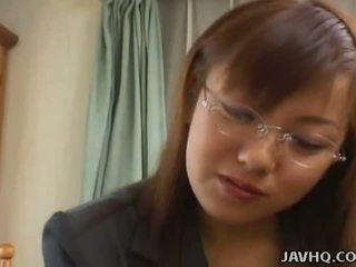 Barmfager japansk babe knullet ved hjem uncensored